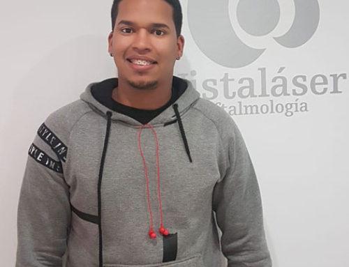 Roberto, operado con lente ICL en Málaga