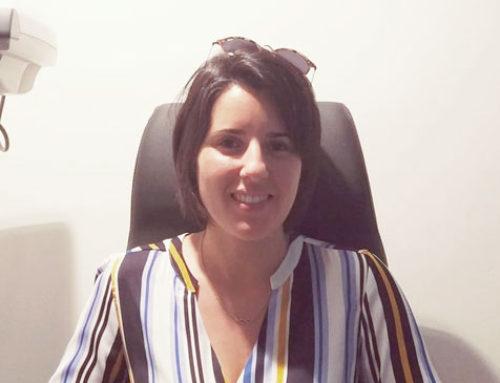 Sandra, operada de la vista en Málaga