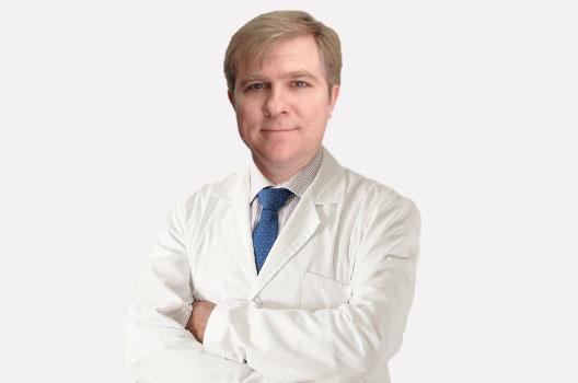 Dr. César Delgado Ceballos