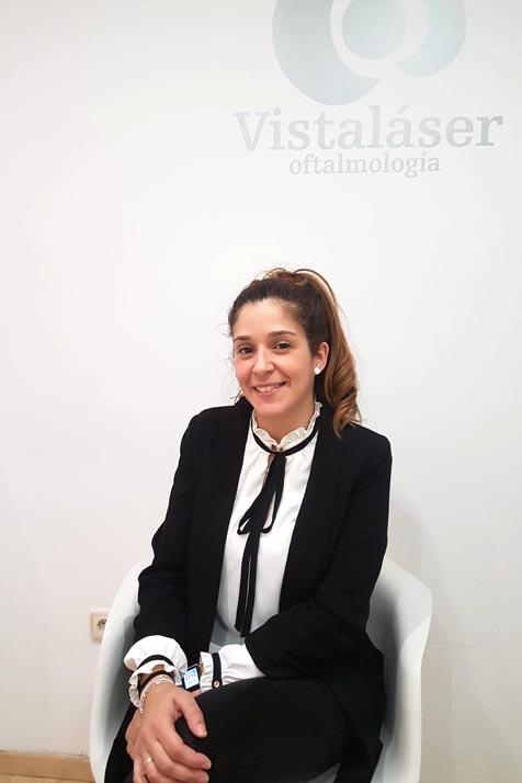 Opinión de Ana Belén, operada de miopía y astigmatismo en Málaga