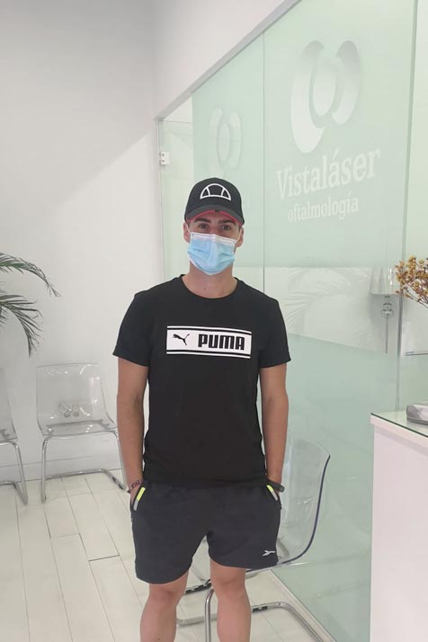 Opinión de Juan Manuel, operado de miopía y astigmatismo en Granada